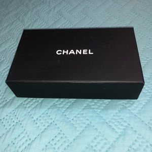 CHANEL Cardholder BOX with Dust Cover
